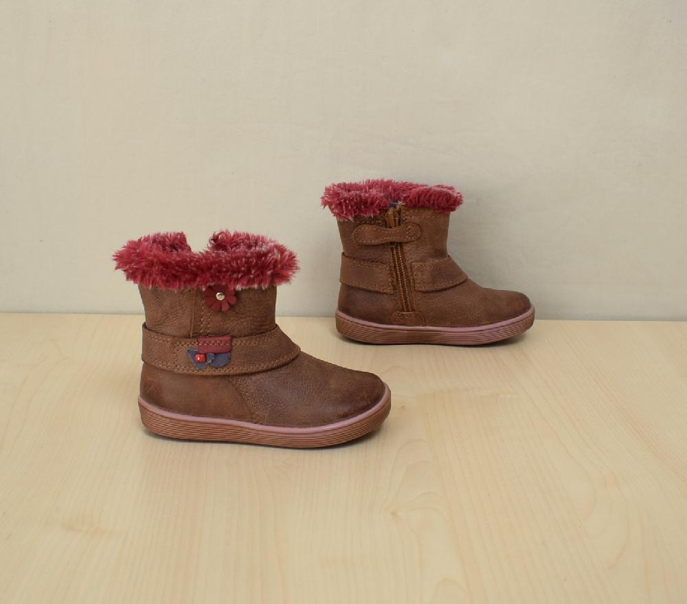 Hauptsache Schuhe neue und gebrauchte Schuhe, Stiefel